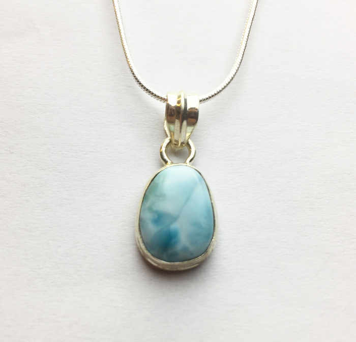 Larimar Natural Hanger